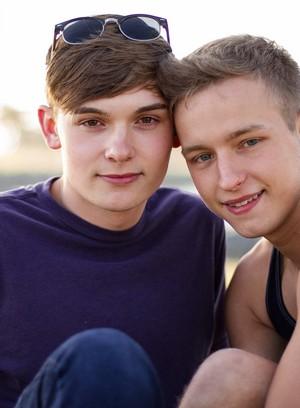 Hot Guy Noah White,Finn Carson,