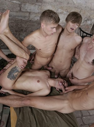 Naked Gay Yuri Adamov,Troy Vara,Ray Mannix,Noah Matous,Nick Vargas,Benjamin Dunn,