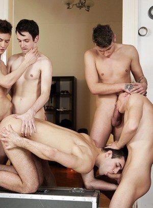 Handsome Guy Jace Reed,Sam Williams,Ryan Torres,Roman Smid,Lukas Leung,