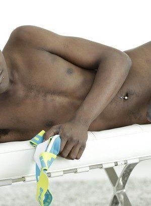 Sexy Guy Noah Matous,