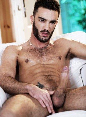 Sexy Dude Alejandro Alvarez,Edward Fox,