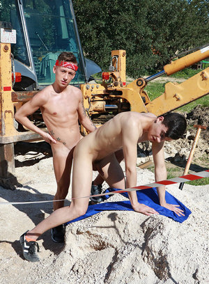 Naked Gay Mike Cole,David Sky,