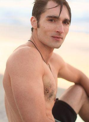 Big Dicked Gay Luke Wilder,