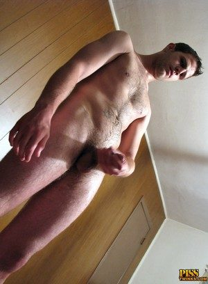 Handsome Guy Cooper Reeves,Welsey Kincaid,Ivan Paynter,