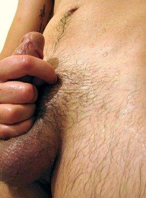 Naked Gay Leo Mcarthur,