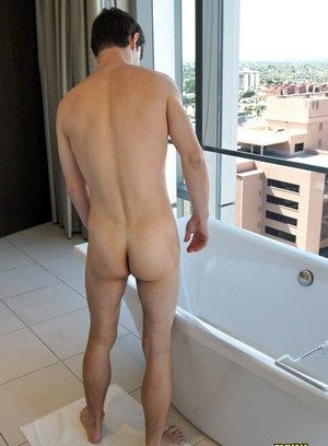 Sexy Dude Zack Randall,