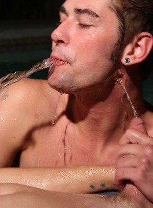 Horny Gay Kayden Daniels,
