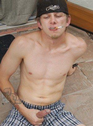 Sporty Hunk Ian Madrox,