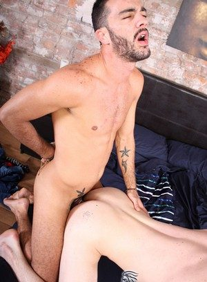 Cocky Boy Alejandro Alvarez,Damien Ryder,
