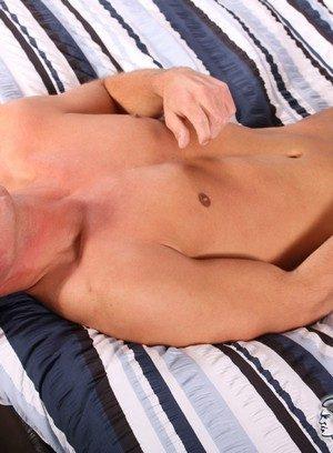Cocky Boy Ryan Bidson,