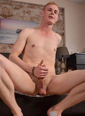 Naked Gay Ryan Cayman,