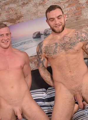 Muscle man Andy Lee,Liam Lawrence,