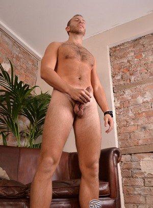 Seductive Man Brent Taylor,