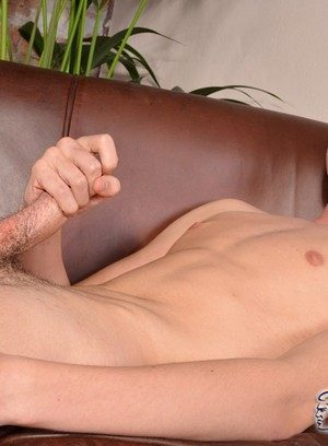 Muscle man Luke Vogel,