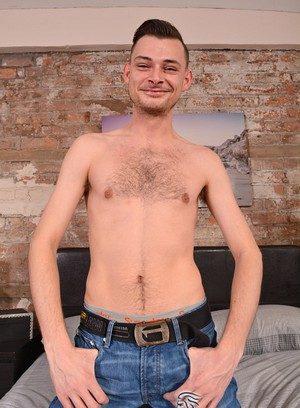 Sexy Dude Tony Parker,