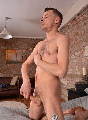 Muscle man Tony Parker,