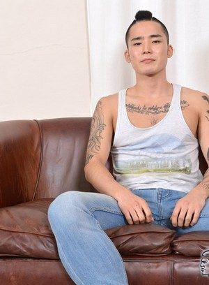 Sexy Dude Yoshi Kawasaki,