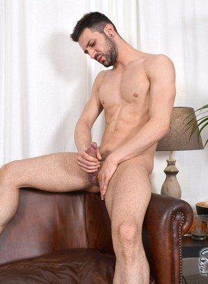Sexy Guy Nathan Raider,