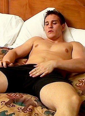 Muscle man Dylan Mclovin,
