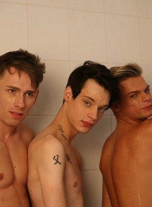 Horny Gay Oscar Roberts,Kaiden Spencer,Skye Romeo,