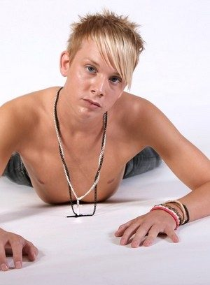 Big Dicked Gay Jaden James,