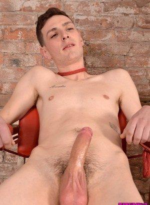 Good Looking Guy Scott Williams,