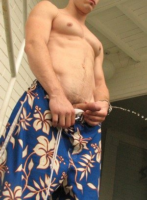 Big Dicked Gay Mike Roberts,
