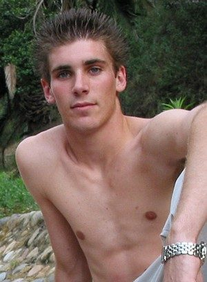 Hot Guy Evan Heinze,