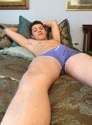 Horny Gay Denver Miles,