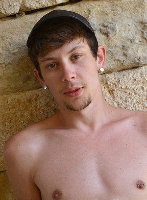 Sexy Dude Xavier Sibley,