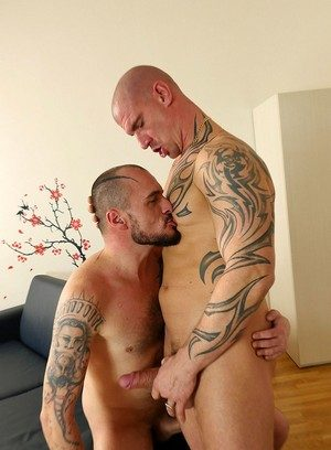 Sexy Dude Jerry Kaytton,Max Born,