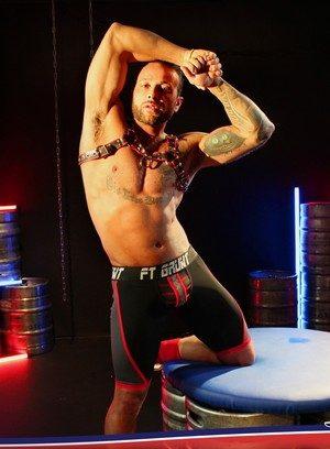 Muscle man David Lambert,Frank Valencia,