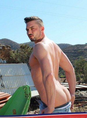 Hot Guy Sam Barclay,Anthony Naylor,