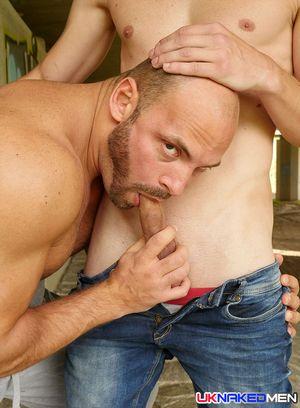 Handsome Guy Zack Hood,Danny Torro,