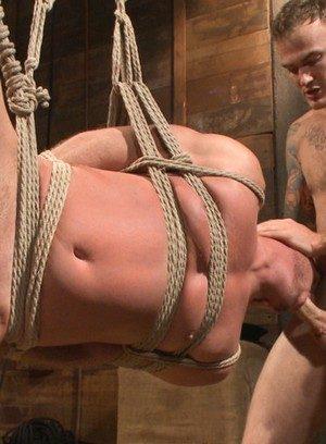 Muscle man Christian Wilde,Josh Peters,