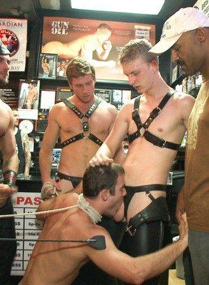 Hot Boy Cameron Kincade,Connor Maguire,Jessie Colter,