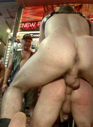 Naked Gay Cameron Kincade,Connor Maguire,Jessie Colter,