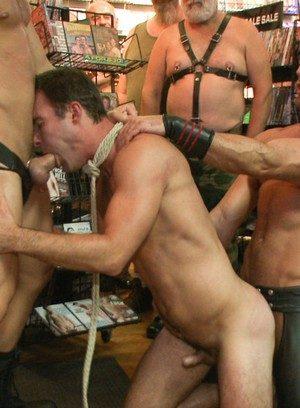 Big Dicked Gay Cameron Kincade,Connor Maguire,Jessie Colter,