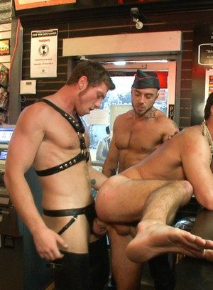 Muscle man Connor Maguire,Cameron Kincade,Jessie Colter,