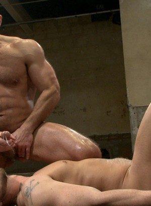 Muscle man Jessie Colter,Dirk Caber,