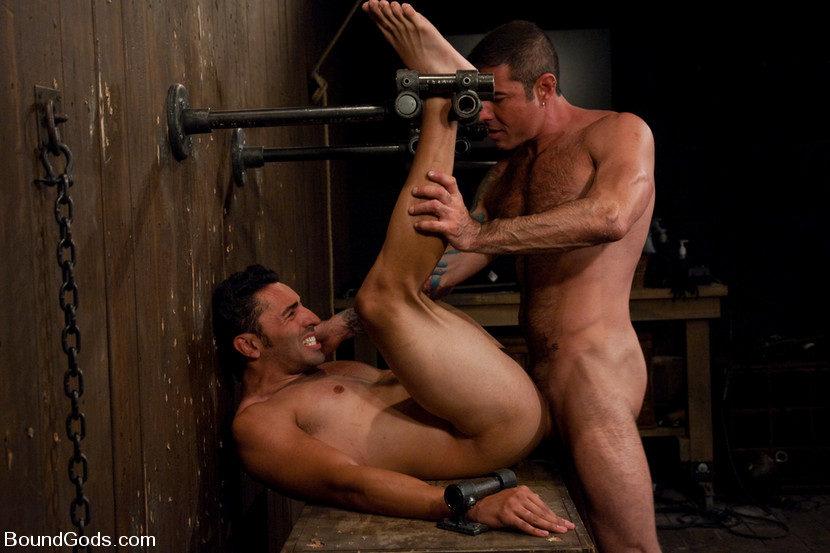 бдсм видео в тюрьме с мужиками - 14