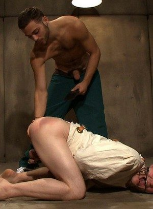 Naked Gay Tommy Defendi,