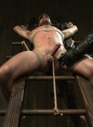 Hot Gay Troy Daniels,