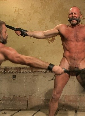 Sexy Guy Dirk Caber,