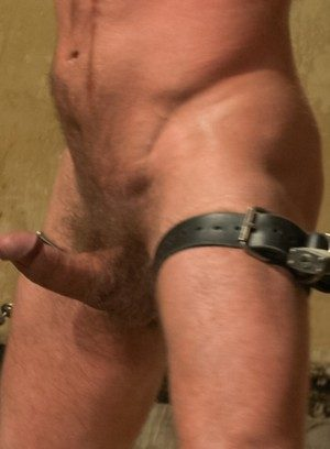 Muscle man Dirk Caber,