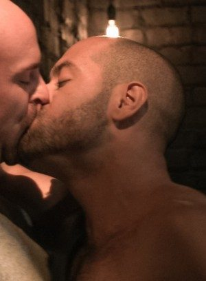 Hot Gay Mitch Vaughn,Leo Forte,