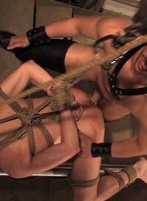 Horny Gay Kain Warn,