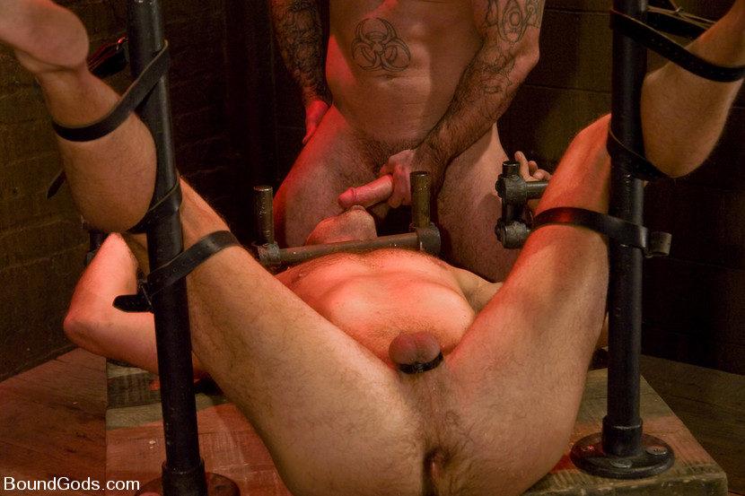 Extreme Gay BDSM Fisting