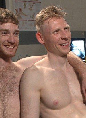 Naked Gay Rob Yaeger,