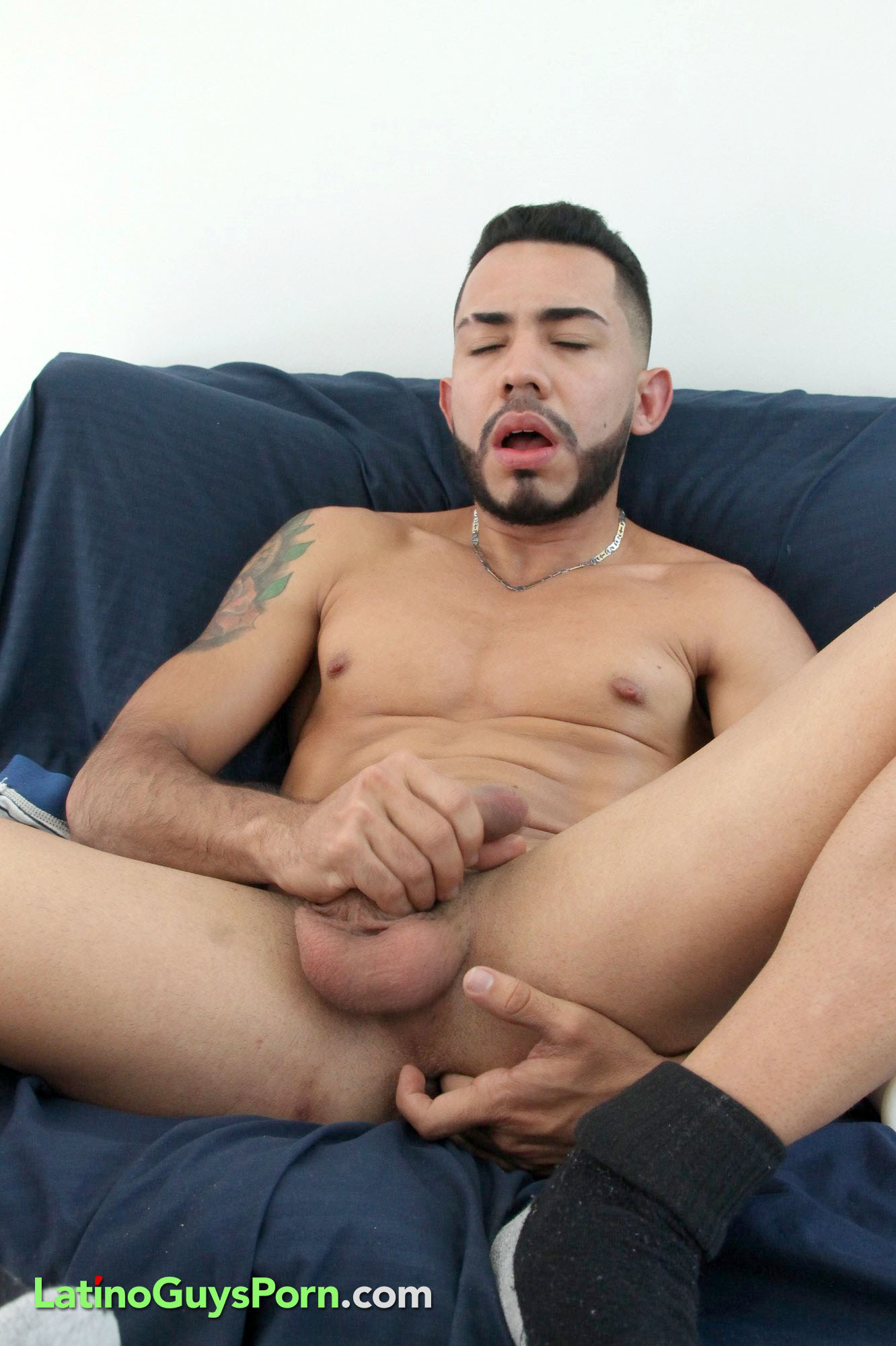 Twink nick methot jerking off with dildo